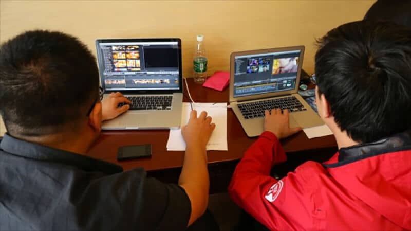 One of the groups editing with the same 'proxy' footage on two different laptops